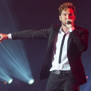 David Bisbal at The Wiltern