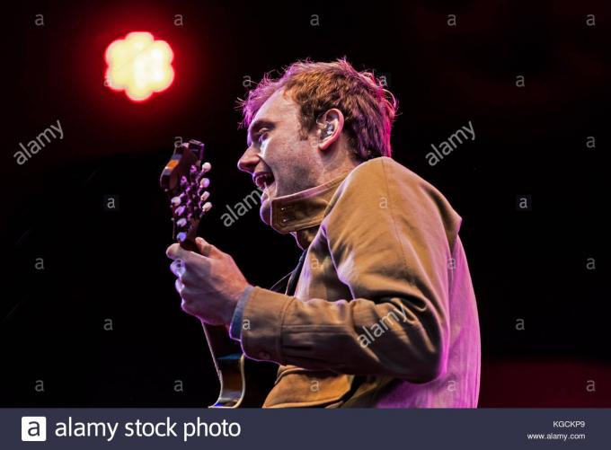 Chris Thile at The Wiltern